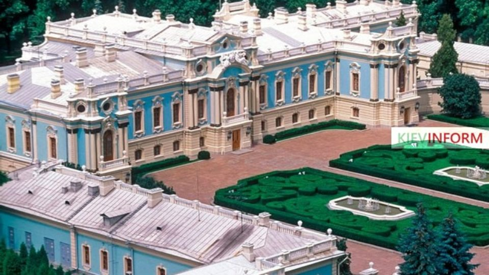 mariinsky_palace.jpg