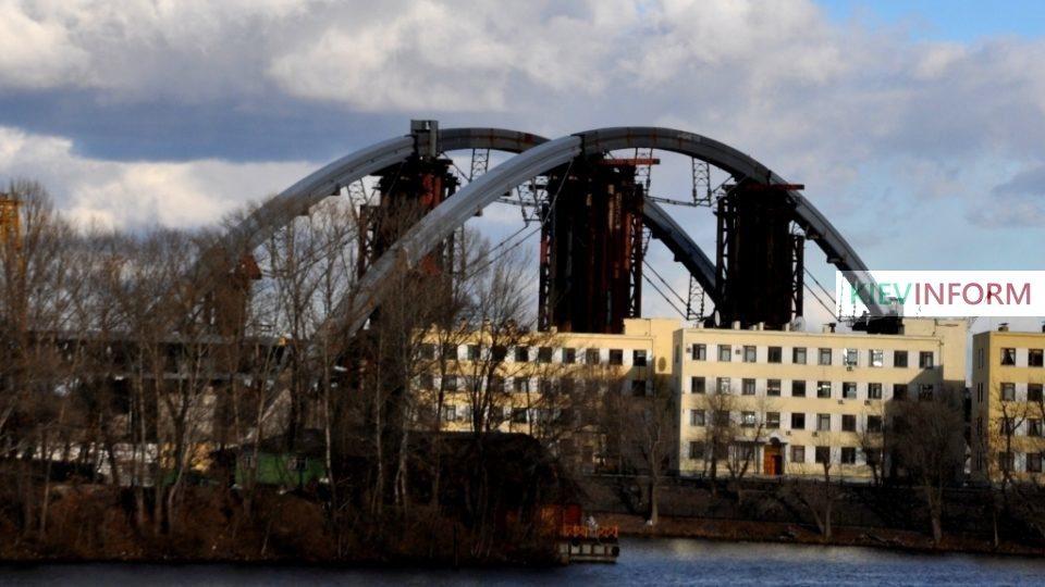 7-Most-metro-vid-s-pravogo-berega-Dnepra.jpg