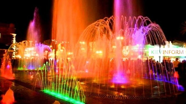 0000067095-kievskie-fontany-svetomuzykalnyj.jpg